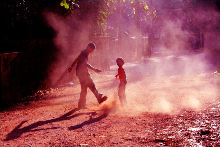 dust, kids in dust