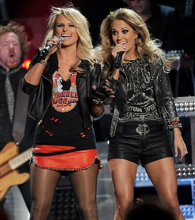 Miranda-Lambert-Carrie-Underwood-Somethin-Bad